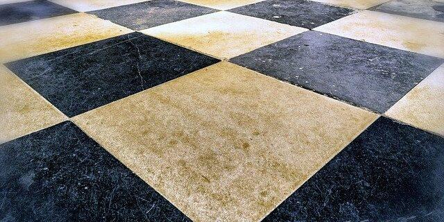floor-1735046_640-panorama